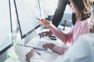 Конструктор сайтов или услуги компании по созданию сайтов?